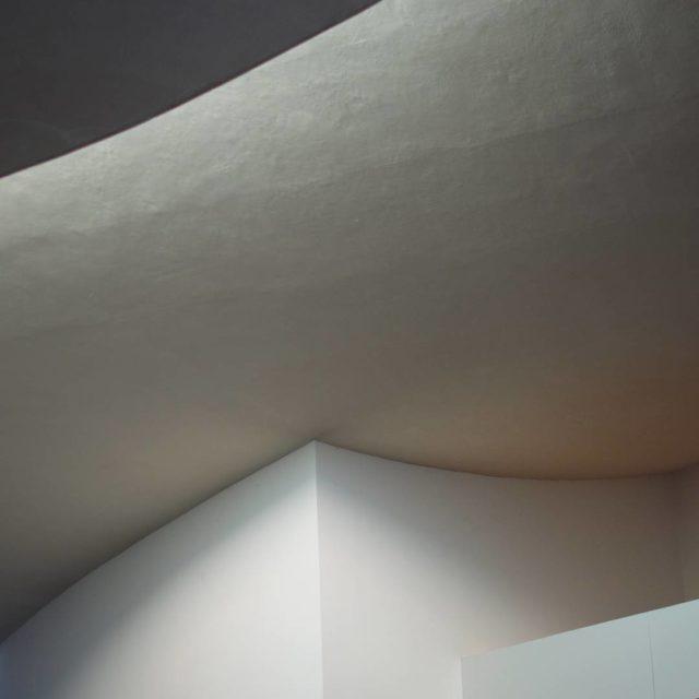 Light on white at heart herningmuseumofcontemporaryart by stevenholl in herninghellip