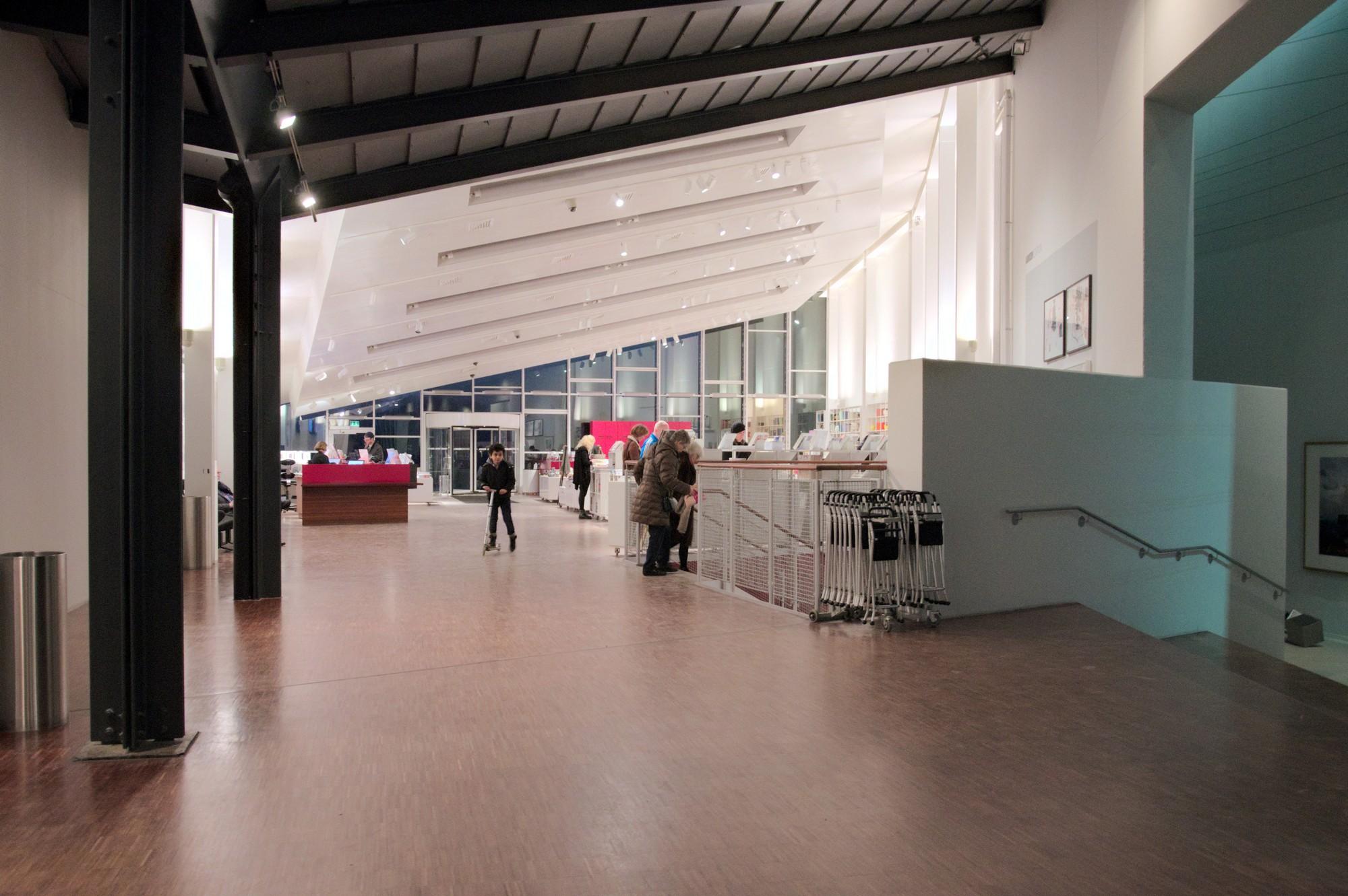 Arken Museum Of Modern Art Denmark