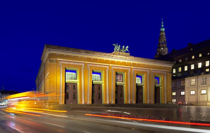 Thorvaldsen museum - Main facade by night