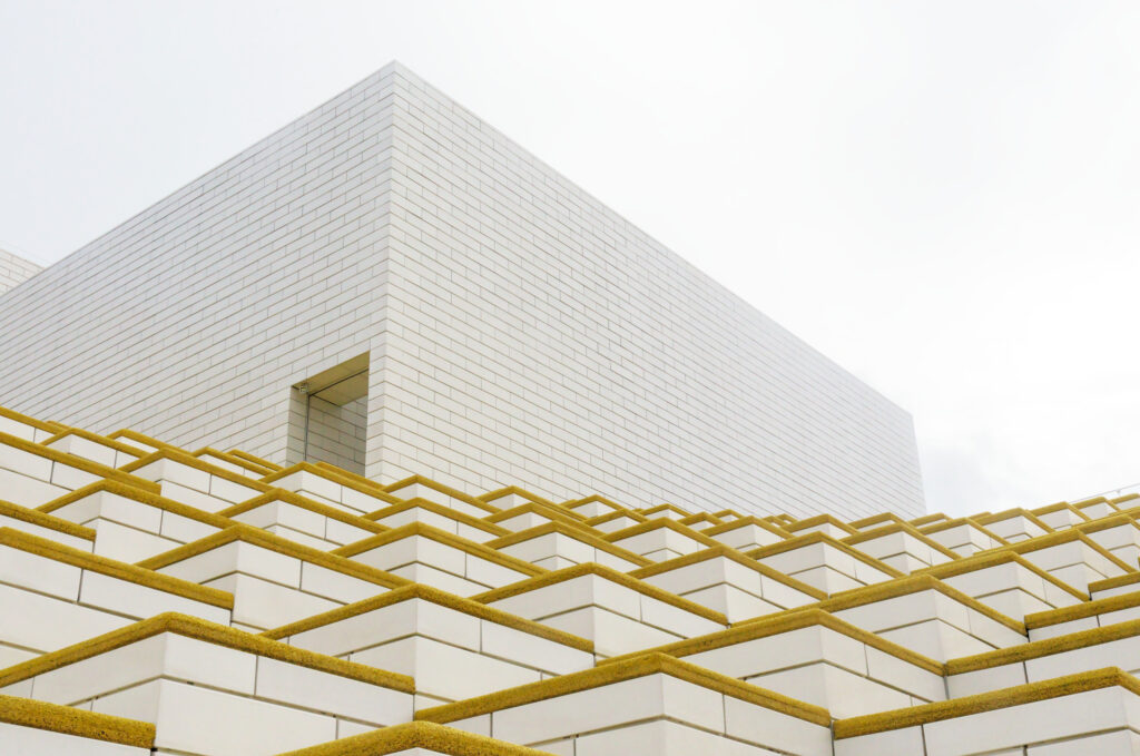 LEGO House by BIG stepped roof terrasse